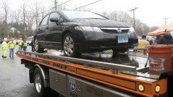 Nancy Lanza's, not Christopher Rodia's, car  being removed from SH school.